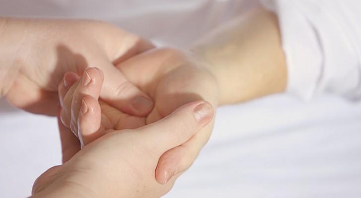 Mains endormies? Faites attention car vous pourriez avoir une de ces maladies