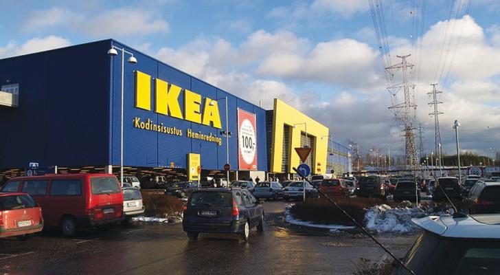 Una mamma allarma i genitori quando vanno da IKEA con i figli: ecco a cosa si deve fare attenzione