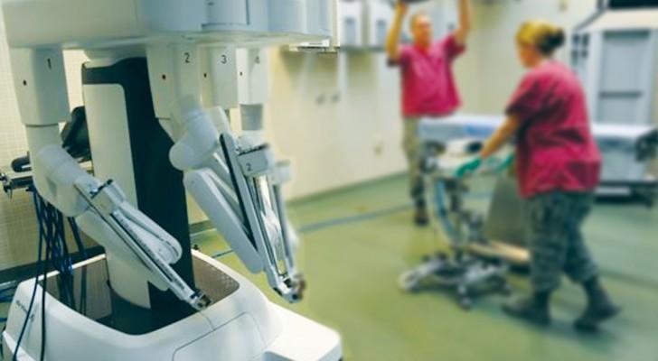 Questo robot completa un'operazione al cervello di 2 ore in soli 2,5 minuti