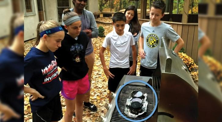 Een aantal kinderen vinden samen een manier uit om piepschuim te recyclen