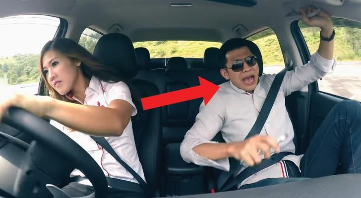 Una mujer piloto se disfraza de ingenua vendedora de auto: la experiencia para los clientes es ...para un GRITO!