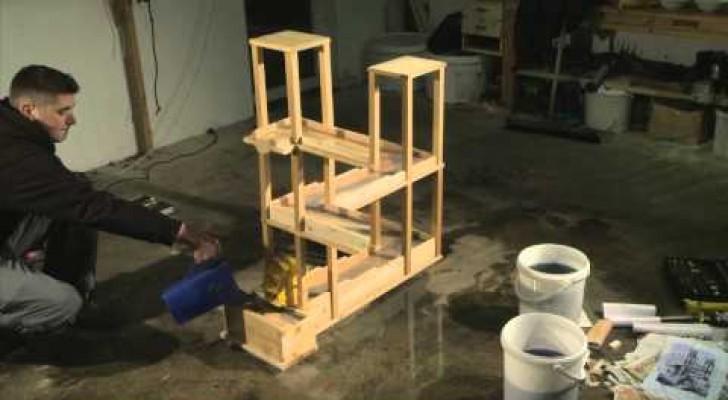 Er gibt Wasser in eine Installation, aber es passiert genau das Gegenteil von dem, was ihr denkt