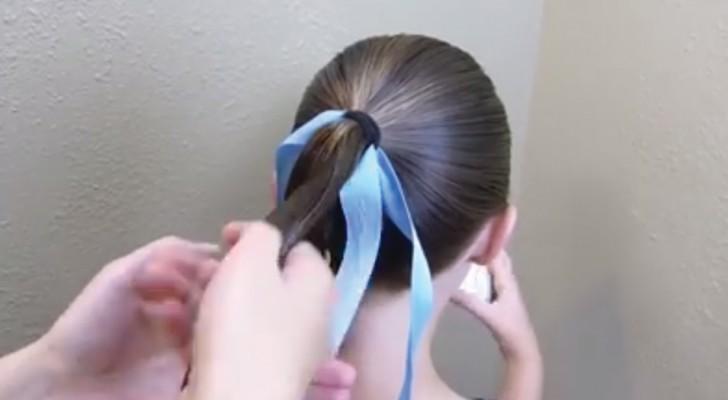 Fissa un nastro tra i capelli: quando vedrete il risultato finale copierete subito l'acconciatura!