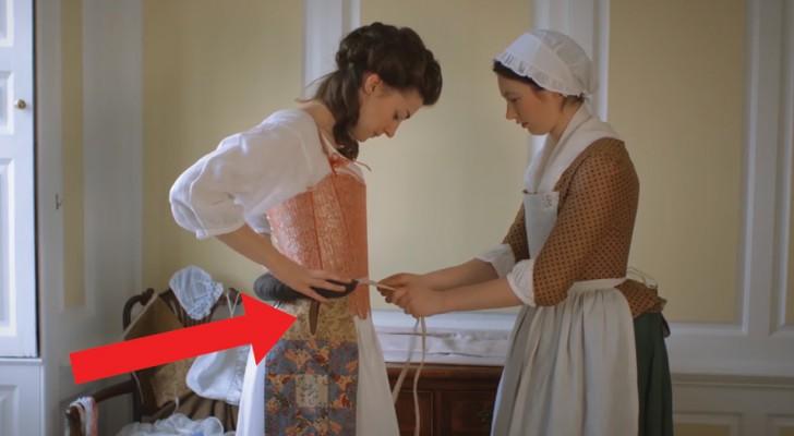 Combien de temps fallait-il à une dame du 18e siècle pour s'habiller? Cette vidéo nous montre tout le processus
