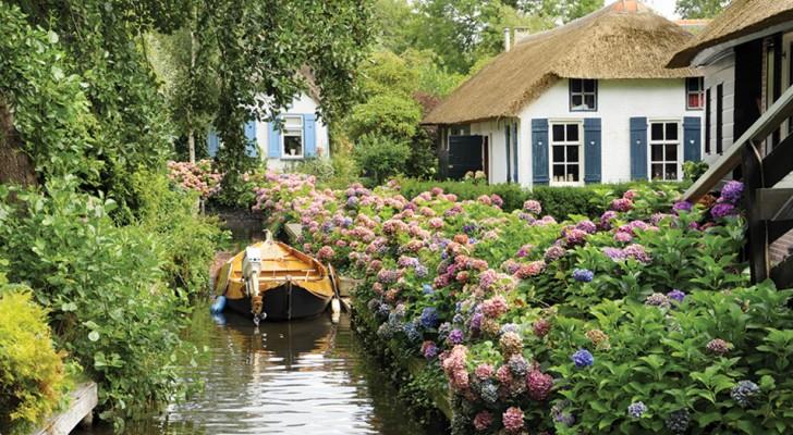 Esta cidade na Holanda não tem estradas e parece ter saído de um conto de fadas!
