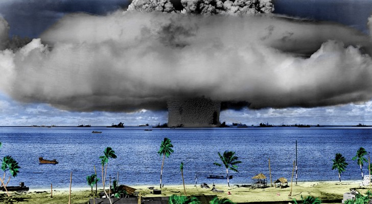 Wat zou er gebeuren als er een waterstofbom zou ontploffen in de stille oceaan?