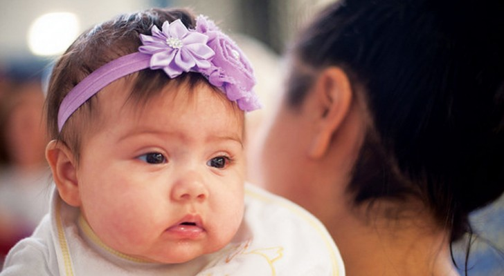 Kijk uit met haarbanden en diademen bij baby's en let op de gevaren