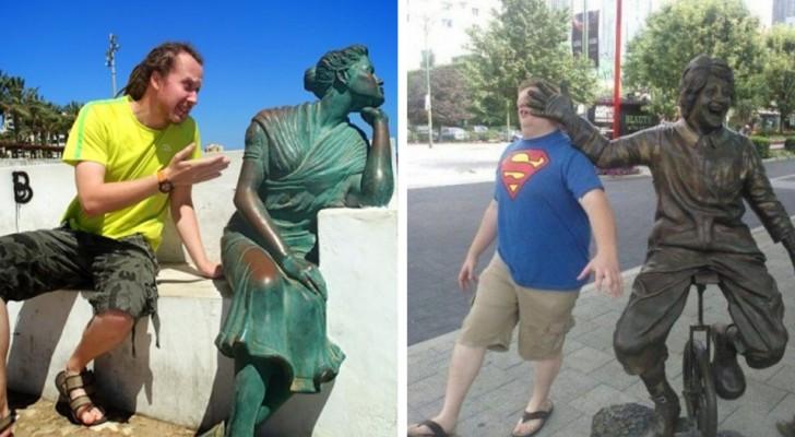 28 personer som visat sig vara riktiga proffs på att fotografera sig själva vid en staty