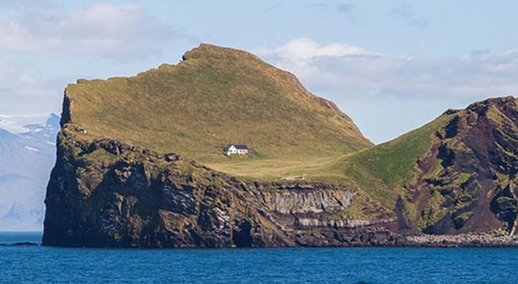 Het meest afgelegen huis ter wereld is omringd door legendes, maar nu weten we waarom het bestaat