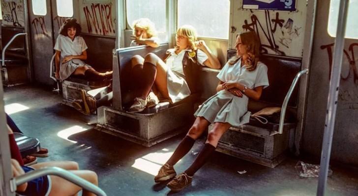Queste immagini vintage mostrano l'aspetto più duro e vero del metrò di New York negli anni '70