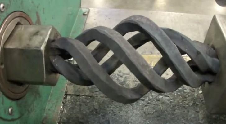 Bekijk deze objecten van smeedijzer: hoe ze gemaakt worden is verbazingwekkkend