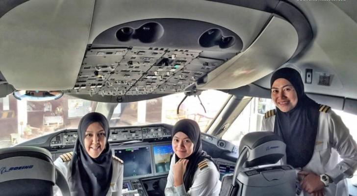 Un équipage exclusivement féminin pilote des avions dans le pays où les femmes ne sont pas autorisées à conduire