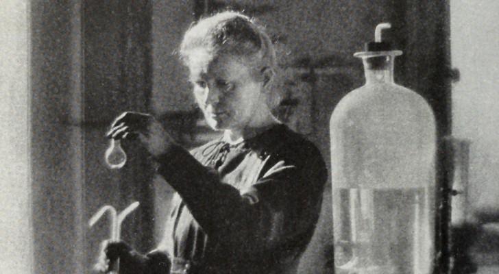 Marie Curie est morte il y a plus de 80 ans, mais sa dépouille et ses objets sont encore dangereusement radioactifs
