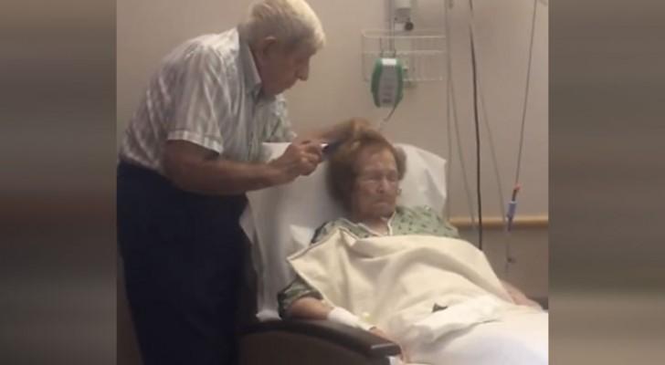 Een zoon maakt een ontroerend moment van toewijding mee bij zijn bejaarde ouders: het tafereel zal je hart met liefde vullen