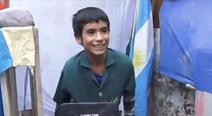 Un garçon de 12 ans a fondé une école à l'arrière de sa maison : une histoire qui a beaucoup à nous apprendre