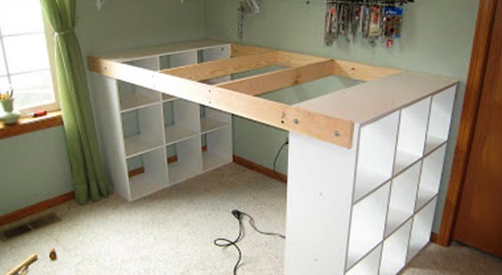 Combina 3 estantes IKEA...y obtiene una escribania espaciosa y economica!