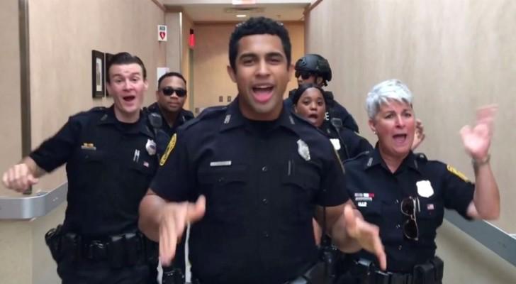 Dansuitdaging bij het politiecorps: de choreografie op de muziek van Bruno Mars is perfect en de video gaat viral