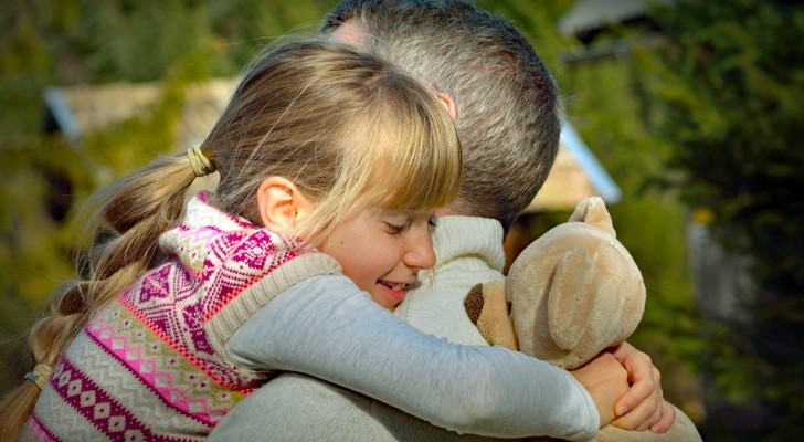 Il metodo Holding, una tecnica per calmare le crisi emotive nei bambini