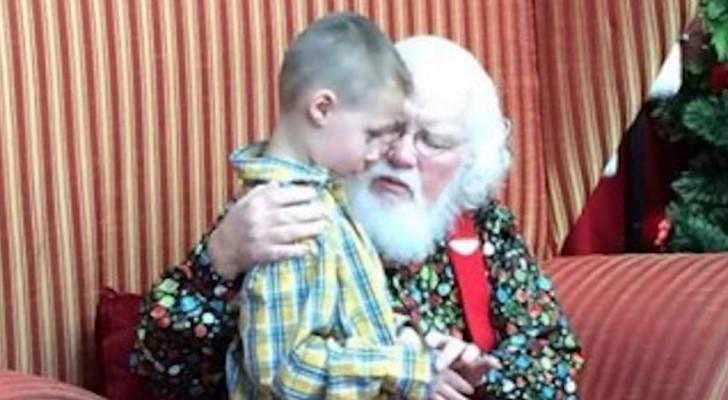 Un bimbo autistico fa a Babbo Natale una strana domanda, ma lui lo rassicura con 5 semplici parole