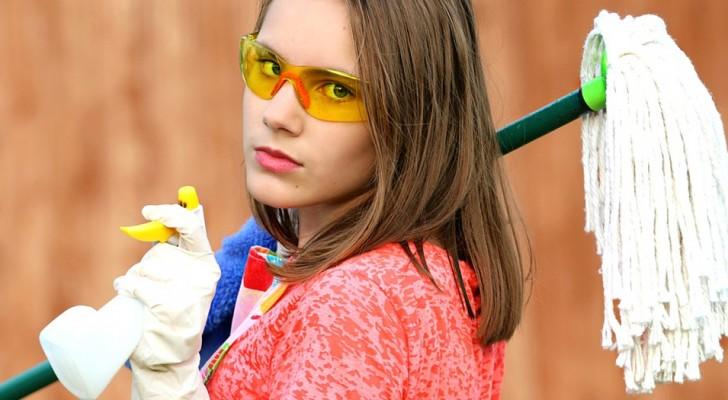 Gli studiosi avvertono: i prodotti per la pulizia della casa possono far male come 20 sigarette al giorno