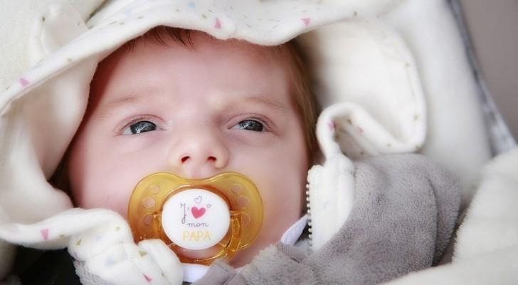 L'alarme botulisme revient : les médecins disent que mettre du miel sur les tétines des enfants peut être fatal