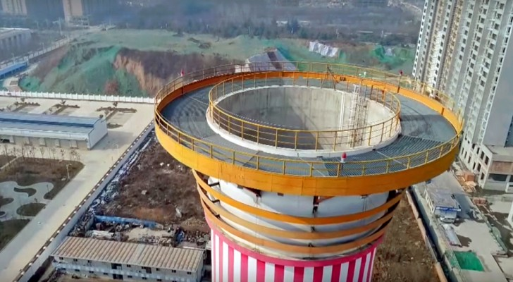 In China is de grootste luchtzuiveringsinstallatie gebouwd ter wereld