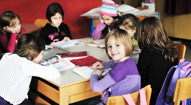 Basta con l'ossessione per i voti: la scuola deve insegnare prima di tutto la collaborazione
