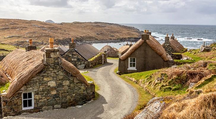 Gearrannan: das verlassene schottische Dorf, das heute als Unterkunft für abenteuerlustige Touristen dient