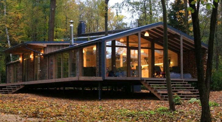 Cette magnifique maison préfabriquée se construit en 10 jours et ne coûte que 80 000 dollars