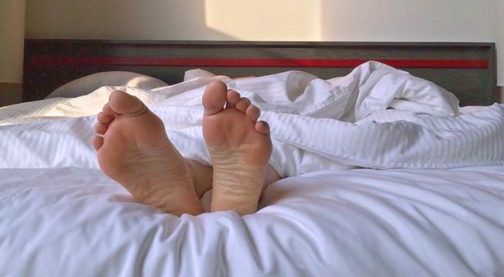 Non dormire a sufficienza può fare ingrassare anche di un chilo a settimana, lo prova uno studio