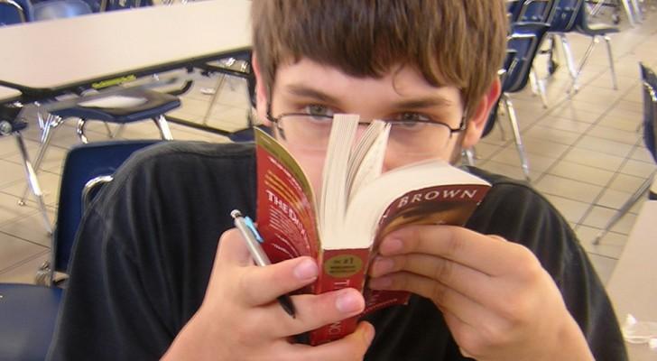 Pourquoi aimons-nous tant l'odeur des livres ? Il existe une explication chimique