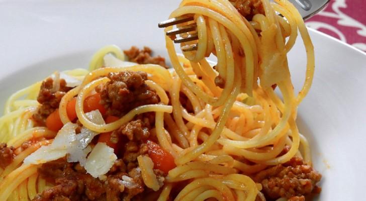 La pasta a cena è da evitare? Tutt'altro! Ecco 6 ottime ragioni per mangiarla, secondo uno studio