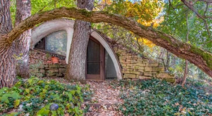 Deze hobbitwoning verborgen in de grond is een droom die uitkomt: het interieur is fantastisch