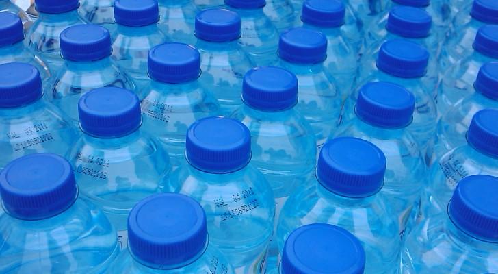 9 ragioni per abbandonare le bottiglie di plastica e iniziare ad usare l'acqua del nostro rubinetto
