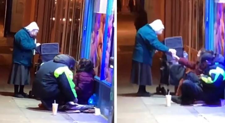 Cette grand-mère qui apporte de la nourriture aux sans-abri pendant les froides nuits d'hiver a ému le monde entier