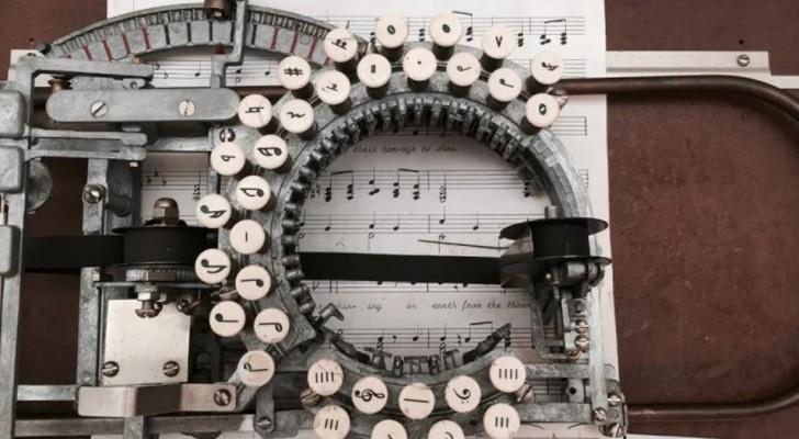 Hier ist die Geschichte der seltenen Schreibmaschine, die anstelle von Buchstaben Musiknoten druckte