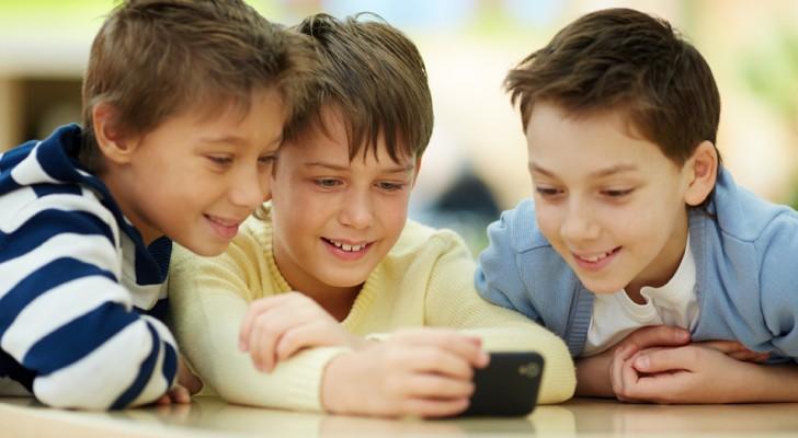 O celular NÃO é um brinquedo para crianças