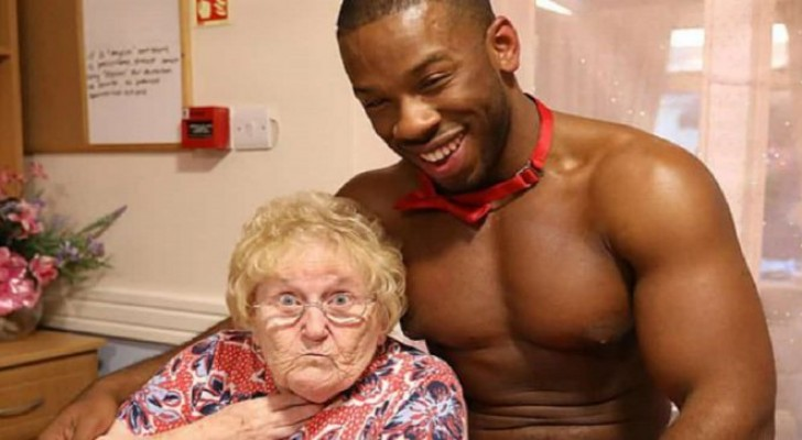 A grandmother decides to celebrate her 89th birthday with special waiters, and the photos are hilarious!