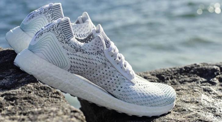 Adidas produrrà 11 milioni di scarpe fatte di plastica riciclata per arginare l'inquinamento degli oceani