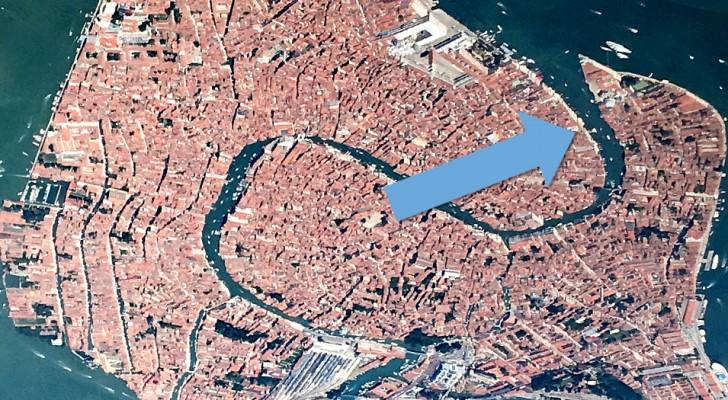 Venise ne cesse d'étonner : vue d'en haut, elle a la forme d'un élégant cygne qui déploie ses ailes