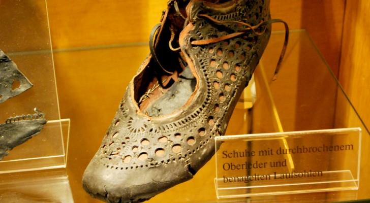 Gli antichi romani hanno anticipato le mode femminili 2000 anni fa: questa antichissima scarpa ne è la prova