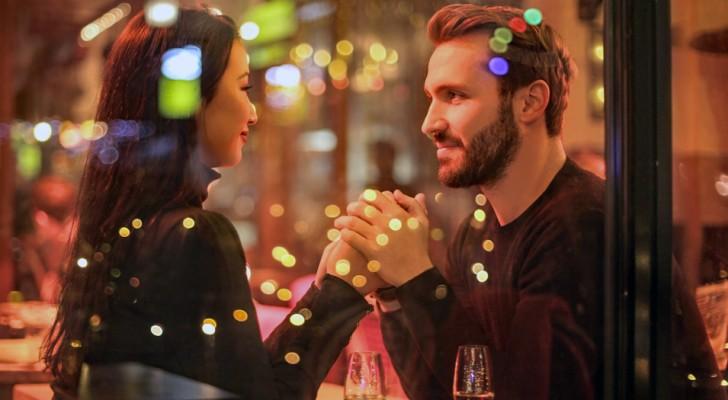 Un tiers des femmes avouent avoir fait une sortie romantique juste pour se faire offrir un dîner : une étude le révèle