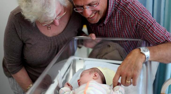 Svezia: arriva lo stipendio per i nonni che si prendono cura dei nipoti