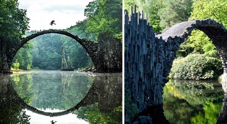 Die Teufelsbrücke, das antike mittelalterliche Gebäude, das für sein märchenhaftes Aussehen weltberühmt ist