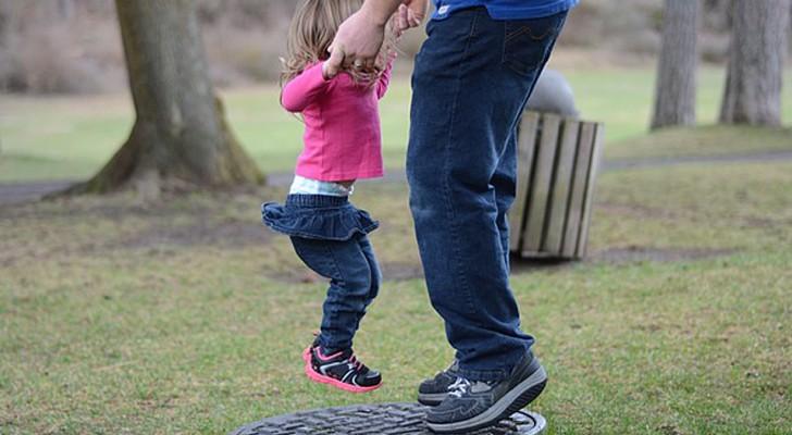 Il rapporto con il padre influenzerà per sempre la personalità di una figlia: ecco perché