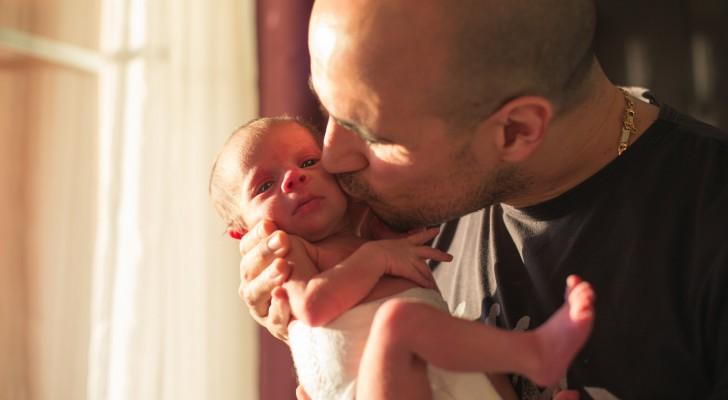 Smettiamo di baciare i neonati: anche un semplice bacio può essere molto pericoloso