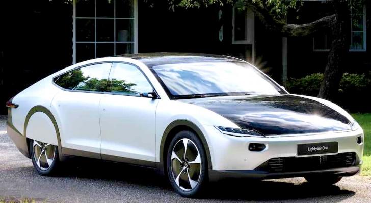 Das erste Elektroauto, das mit Solarenergie aufgeladen werden kann, kommt aus Holland