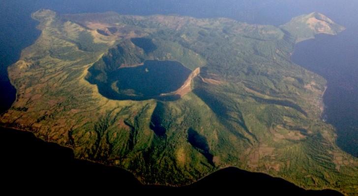 Vulcan Point : voici l'île à l'intérieur du volcan qui est à l'intérieur d'une île qui est à l'intérieur d'un volcan