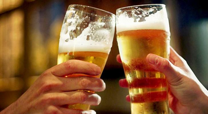 Meno birra e a prezzi più elevati: ecco l'ultima beffa del riscaldamento globale