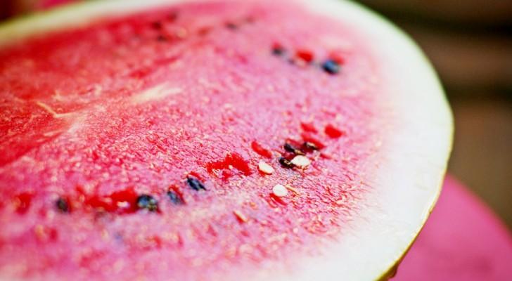 Não jogue fora as sementes de melancia: são nutrientes e ricas de propriedades benéficas